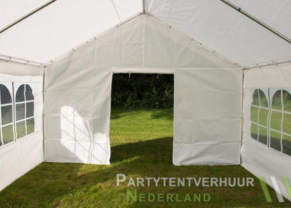 Partytent 4x4 meter binnenkant met deur open - Partytentverhuur Groningen