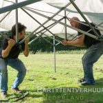 Easy up tent opzetten in Groningen